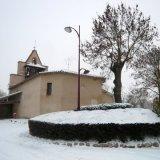 église sous la neige